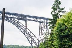 MÃ ¼ ngstener桥梁在索林根,德国 图库摄影