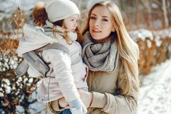 Mãe com filha fotos de stock royalty free