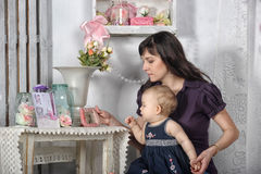 Mãe com sua filha Imagem de Stock Royalty Free