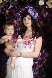 Mãe com suas filhas Fotografia de Stock