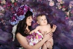 Mãe com suas filhas Imagens de Stock