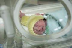 Mãe durante seções por cesariana Imagens de Stock Royalty Free