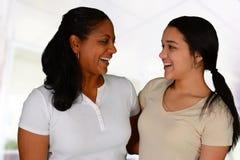 Mãe e filha fotografia de stock royalty free