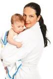 Mãe e filho felizes após o banho Fotografia de Stock Royalty Free