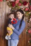 Mãe e filho pequeno Fotos de Stock