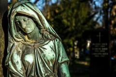 Mãe Mary Christianity Religion na natureza fotos de stock