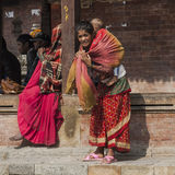 Mãe nepalesa com criança Imagem de Stock Royalty Free