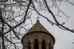 Mãe santamente do St da cruz da igreja do deus com árvores Fotografia de Stock