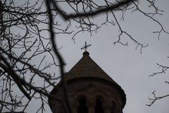 Mãe santamente do St da cruz da igreja do deus com árvores Foto de Stock Royalty Free