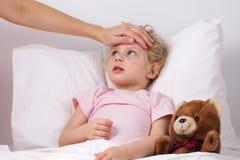 Bebê doente Imagem de Stock Royalty Free