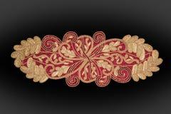 A mão árabe e indiana do ouro perlou e tabela feito a mão de Placemats imagem de stock royalty free