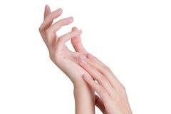 Mão asiática da mulher da beleza no relaxamento e na massagem Fotos de Stock