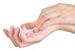 Mão asiática da mulher da beleza no relaxamento e na massagem Fotografia de Stock Royalty Free