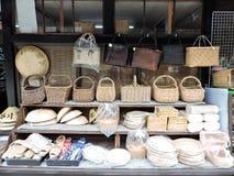 Mão - cestas feitas imagens de stock