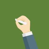 Mão com começo do giz à escrita no quadro Imagem de Stock Royalty Free