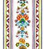 A mão crafted a arte étnica de Europa Oriental - quadro sem emenda com flores e as listras decorativas watercolor imagens de stock royalty free