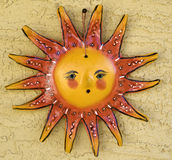 A mão crafted o símbolo da arte de Sun imagem de stock