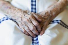 Mão da mulher adulta Foto de Stock Royalty Free