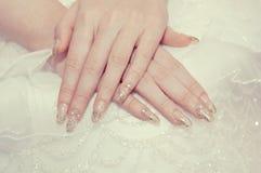 A mão da noiva Foto de Stock