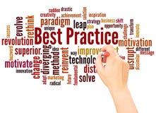 Mão da nuvem da palavra da melhor prática que escreve o conceito imagem de stock