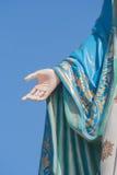 Mão da Virgem Maria abençoada em Roman Catholic Diocese que é lugar público na província de Chanthaburi fotografia de stock