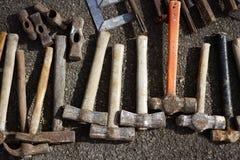 A mão das ferramenta do martelo utiliza ferramentas o teste padrão da coleção Foto de Stock