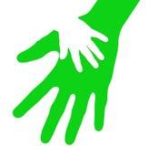 Mão do bebê na palma aberta do pai cuidadoso Imagens de Stock Royalty Free
