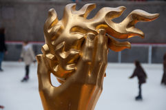 Mão do PROMETHEUS & flama, centro de Rockefeller, NYC Fotografia de Stock Royalty Free