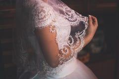 Mão do recém-casado Fotografia de Stock Royalty Free