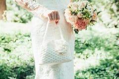 Mão do recém-casado Fotografia de Stock
