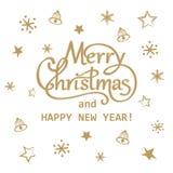 Mão dourada do Feliz Natal e do ano novo feliz tirada rotulando o projeto de cartão ilustração royalty free