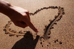 Mão e coração Fotografia de Stock Royalty Free