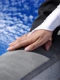 Mão em uma mão Imagem de Stock