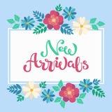 A mão esboçou chegadas novas text no backgroung floral da mola branca do quadro ilustração stock