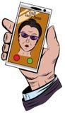 A mão guarda o telefone com uma chamada entrante do chefe da mulher Imagem de Stock