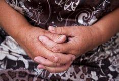 Mão idosa de Womans Fotos de Stock