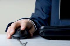 Mão no rato Fotografia de Stock