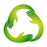 A mão recicl o símbolo Imagens de Stock Royalty Free