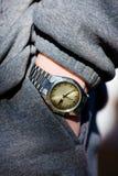 Mão, relógio, bolso fotografia de stock