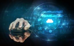 Mão usando o rato com conceito da tecnologia da nuvem Fotografia de Stock Royalty Free
