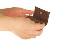 A mão Womanish prende uma bolsa Foto de Stock Royalty Free