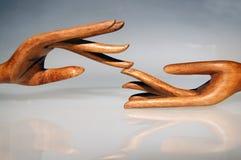 Mãos 5 da madeira fotografia de stock