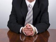 Mãos amarradas do homem de negócio Imagens de Stock Royalty Free