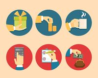 Mãos com ícones do objeto Imagem de Stock