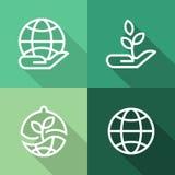 Mãos com terra e planta, ícones lisos da ecologia ajustados Fotos de Stock