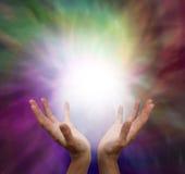 Mãos curas e energia Imagem de Stock Royalty Free