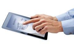 Mãos da tabuleta de Ipad do computador de negócio Fotografia de Stock Royalty Free