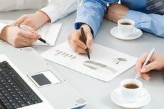 Mãos de Businesspeople?s Imagens de Stock Royalty Free