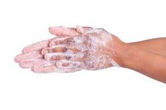 Mãos de lavagem da mulher americana africana Imagens de Stock
