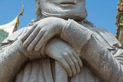 Mãos de sobreposição do gigante de pedra no templo Fotografia de Stock